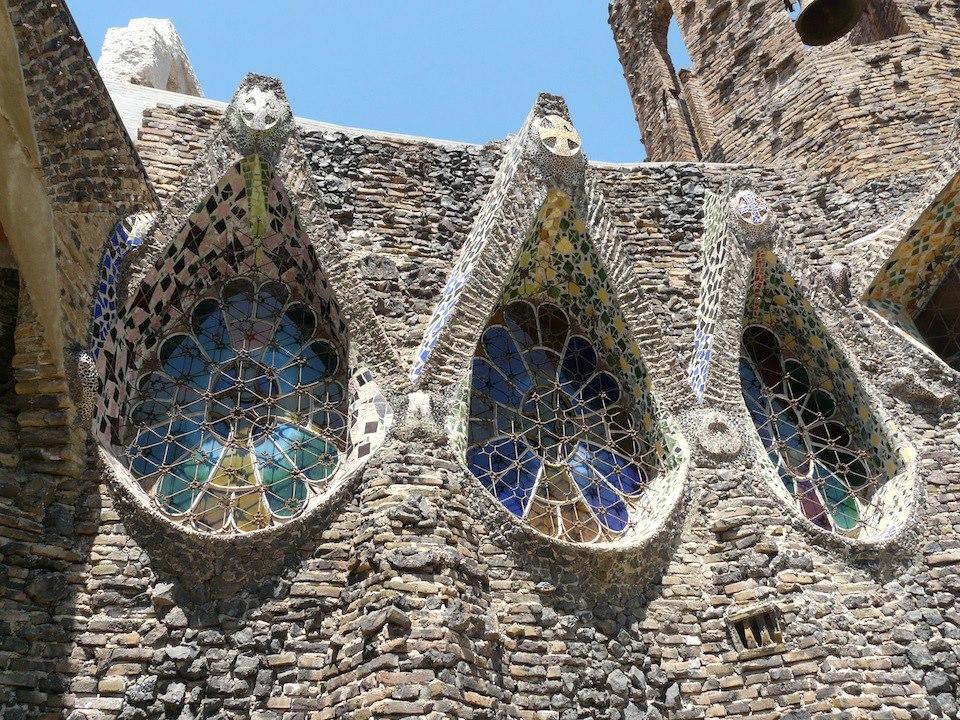 Guell Kolonie Krypta Gaudi