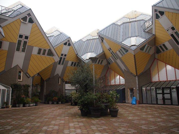 Rotterdam Cube Häuse