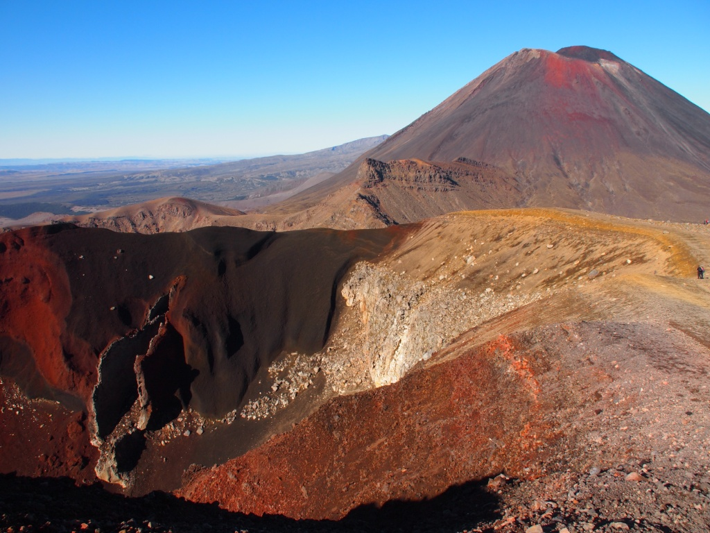 Red crater ngauruhoe