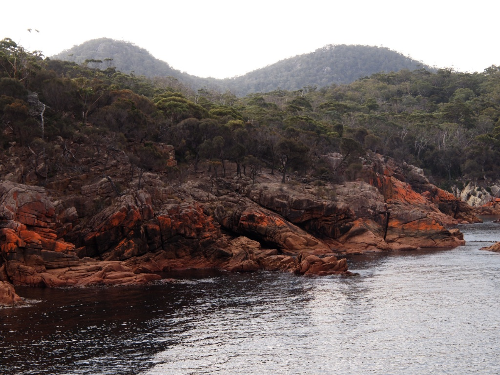 Sleepy bay freycinet