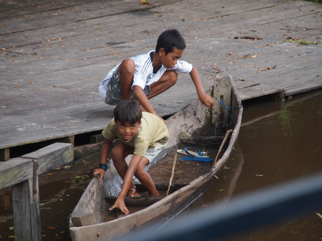 Verschmutzung fluss indonesien
